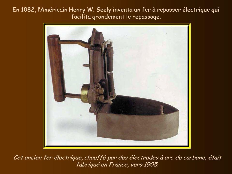 La structure de la lampe à souder a peu changé depuis son invention, en 1881. En 1881, le Suédois Carl Nyberg inventa un appareil de petite taille et