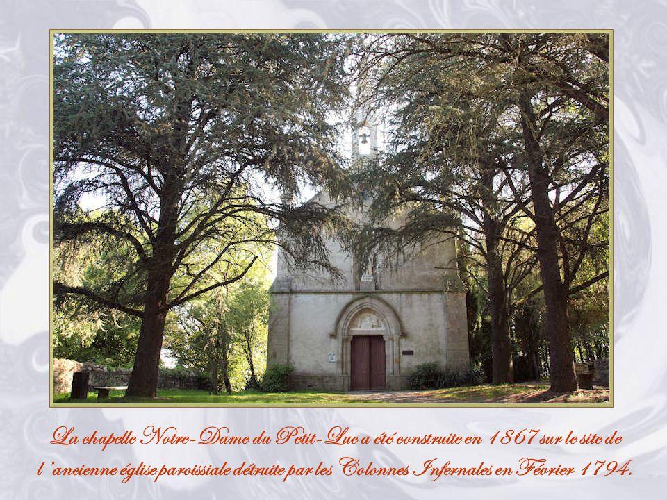 Les Lucs-sur-Boulogne est une commune française, située dans le département de la Vendée et la région Pays de la Loire.