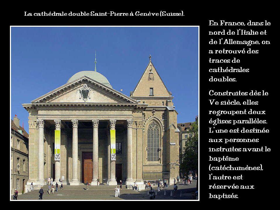 Les églises et cathédrales voient le jour sous le règne de lempereur romain Constantin (en 313 ap. J.-C.) qui autorise les chrétiens à célébrer leur c