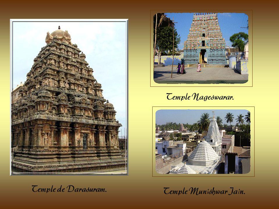 Kumbanomam, ville du Dsitrict du Thanjavur dans le Tamil Nadu. Toute cette région fut très éprouvée lors du tsunami survenu en 2004. Cette ville abrit