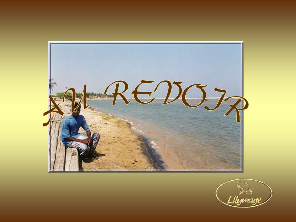 Création : L. Cavallari. Photos personnelles. Musique dambiance indienne. Décembre 2006. lilymage1@gmail.com