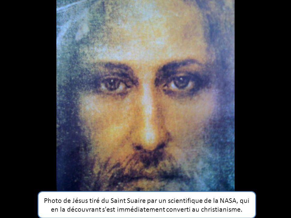 Jean Claude Darrigaud, Grand Reporter de France 2,qui a préfacé le livre de Jean Claude Antakli (Itinéraire d'un chrétien d'Orient, il était une fois.