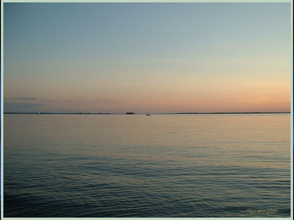 Historique - suite Par contre, pour réaliser le projet de La Canalisation du St-Laurent aussi appelé Le projet de la Voie Maritime et qui a été inaugu