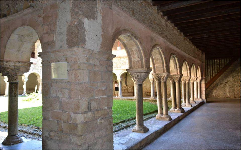 Le Cloitre de la cathédrale.