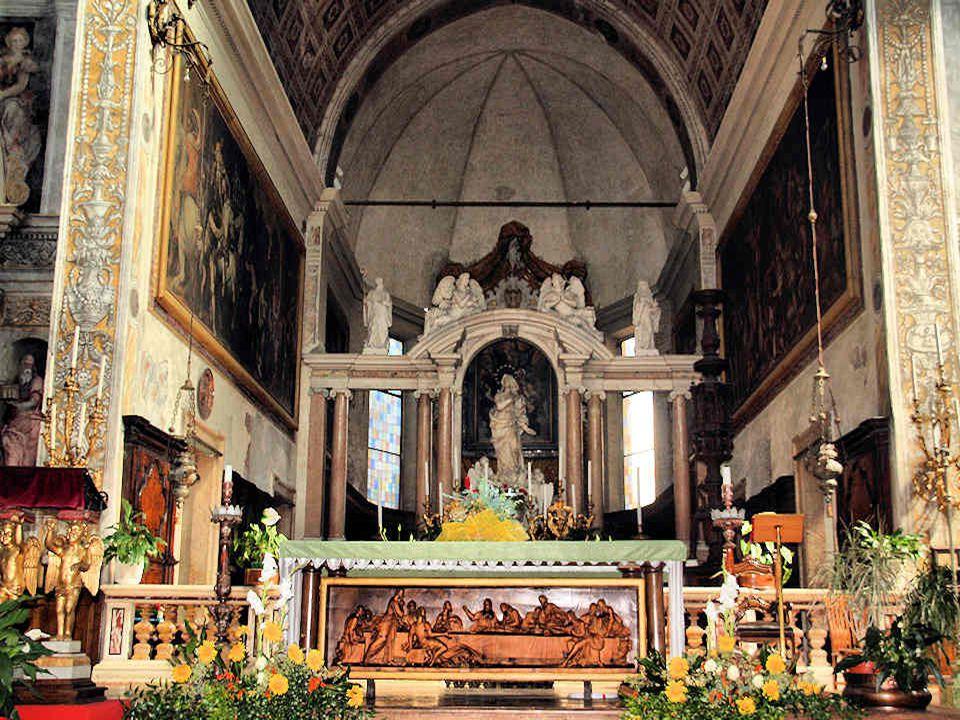 Eglise Santa Maria in Organo Cest une église olivétaine qui acquit son aspect actuel lors dune réfection effectuée en 1481.