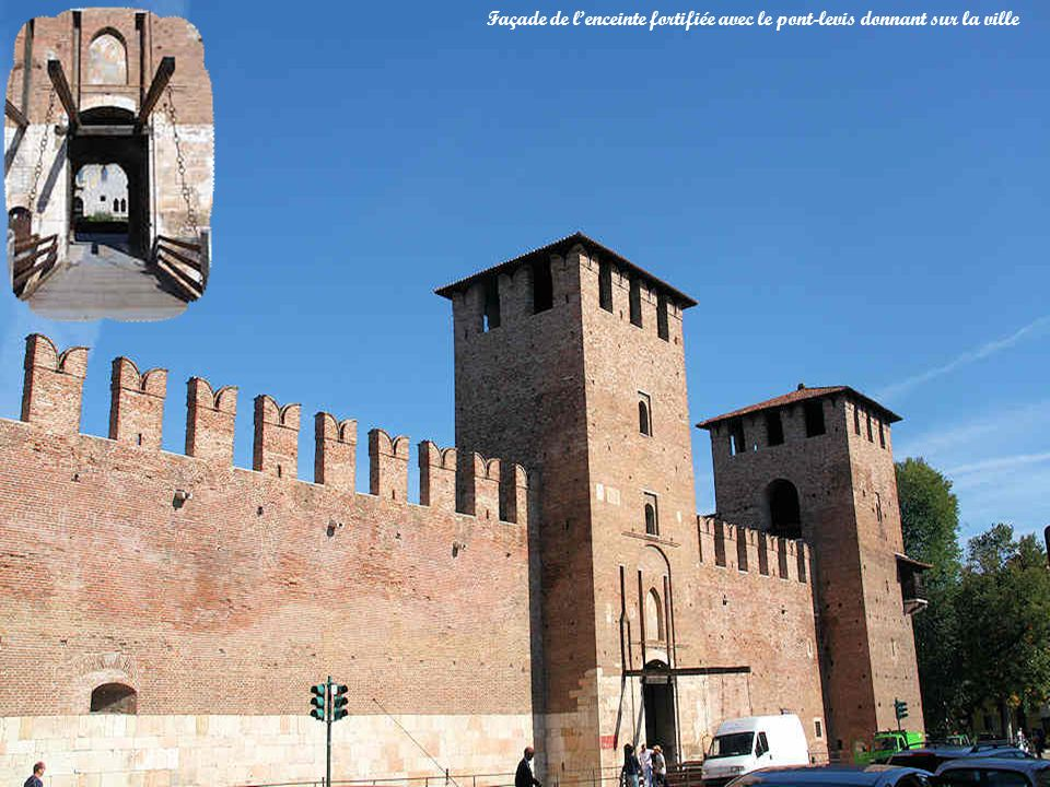 Le château de Castelvecchio vu du bord de lAdige