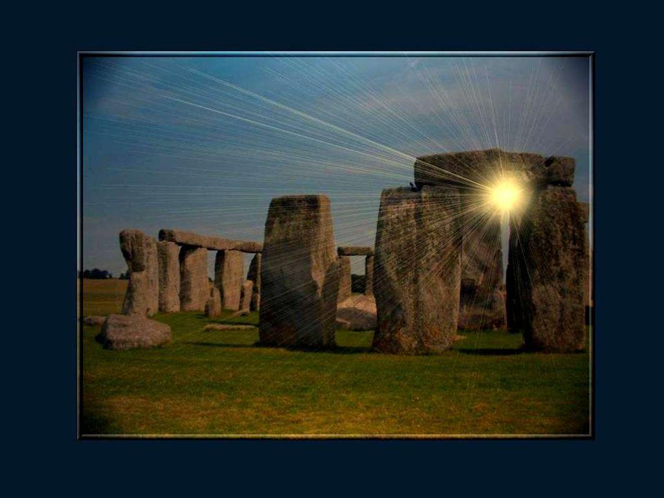 Stonehenge se compose de 4 ensembles concentriques de pierres.