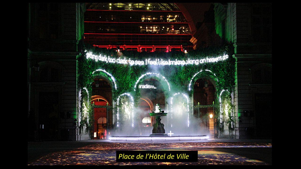 Prince des lumières Place de lHôtel de Ville