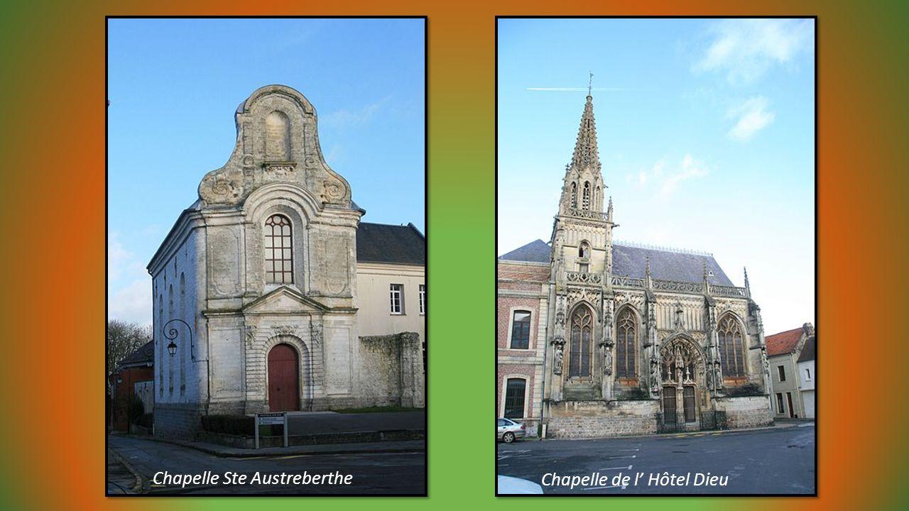 MONTREUIL sur Mer, proche du Touquet dans le Pas de Calais Ville médiévale entourée de fortifications Rue de la Clape