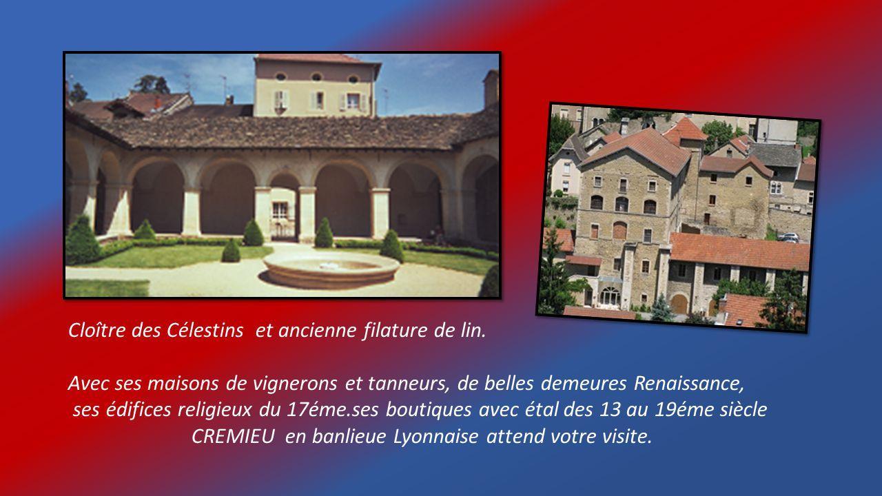 Château et remparts sur 2kms. denceinte fortifiée.