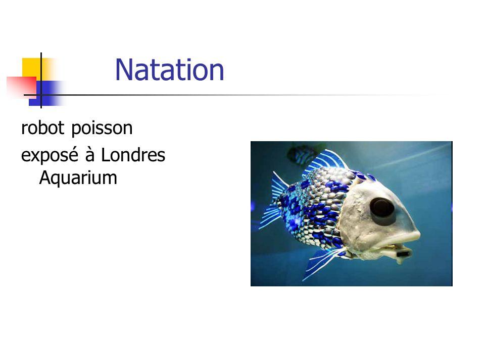 Natation robot poisson exposé à Londres Aquarium