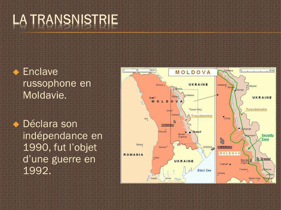 Enclave russophone en Moldavie. Déclara son indépendance en 1990, fut lobjet dune guerre en 1992.