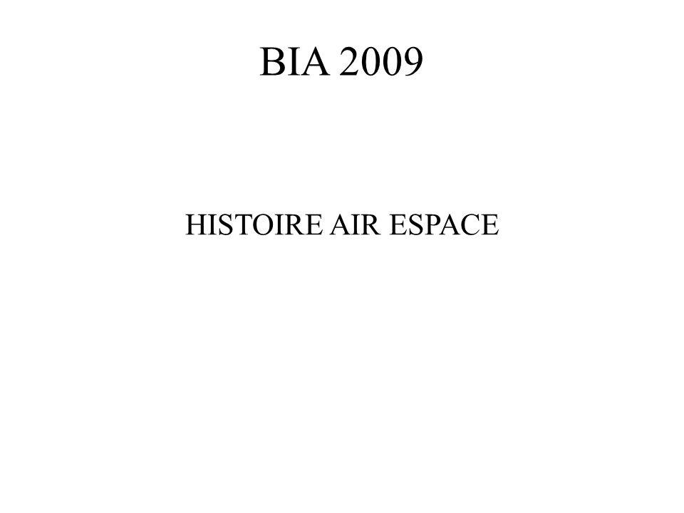 09/ On associe pilote et avion.