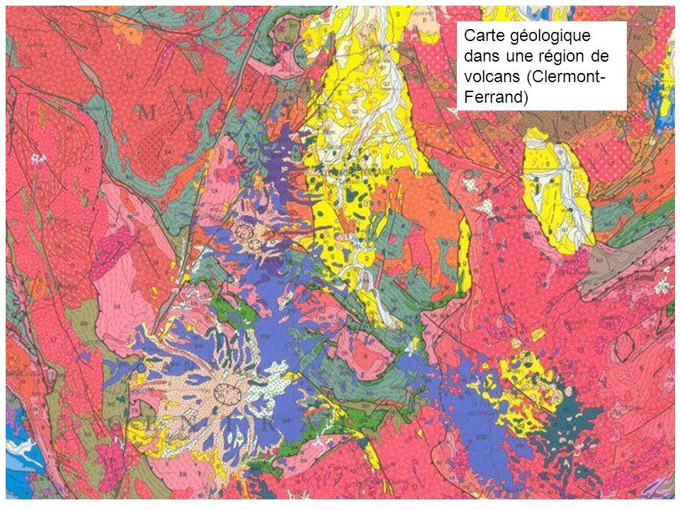 Carte géologique dans une région de volcans (Clermont- Ferrand)