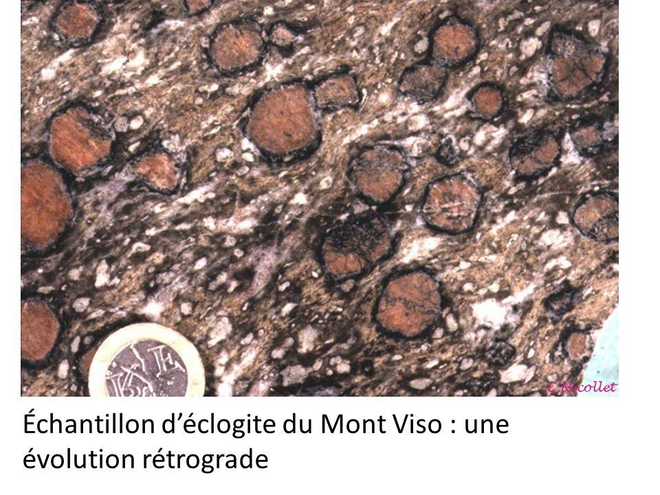 Échantillon déclogite du Mont Viso : une évolution rétrograde