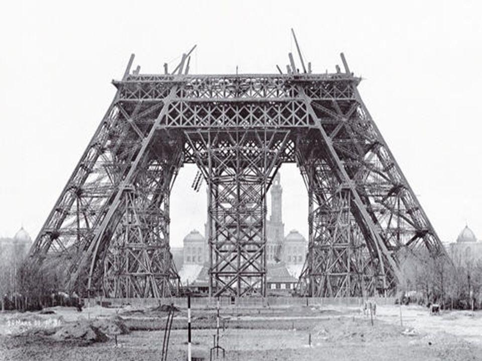 Construction de la Tour Eiffel ( 1887 )