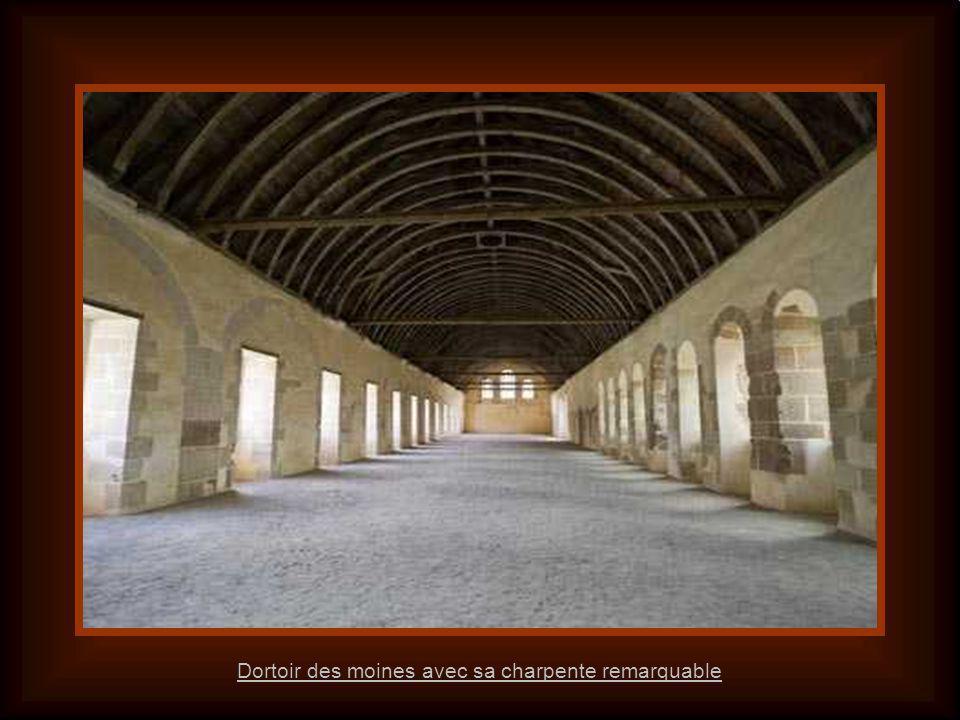 Dortoir des moines vu du cloître