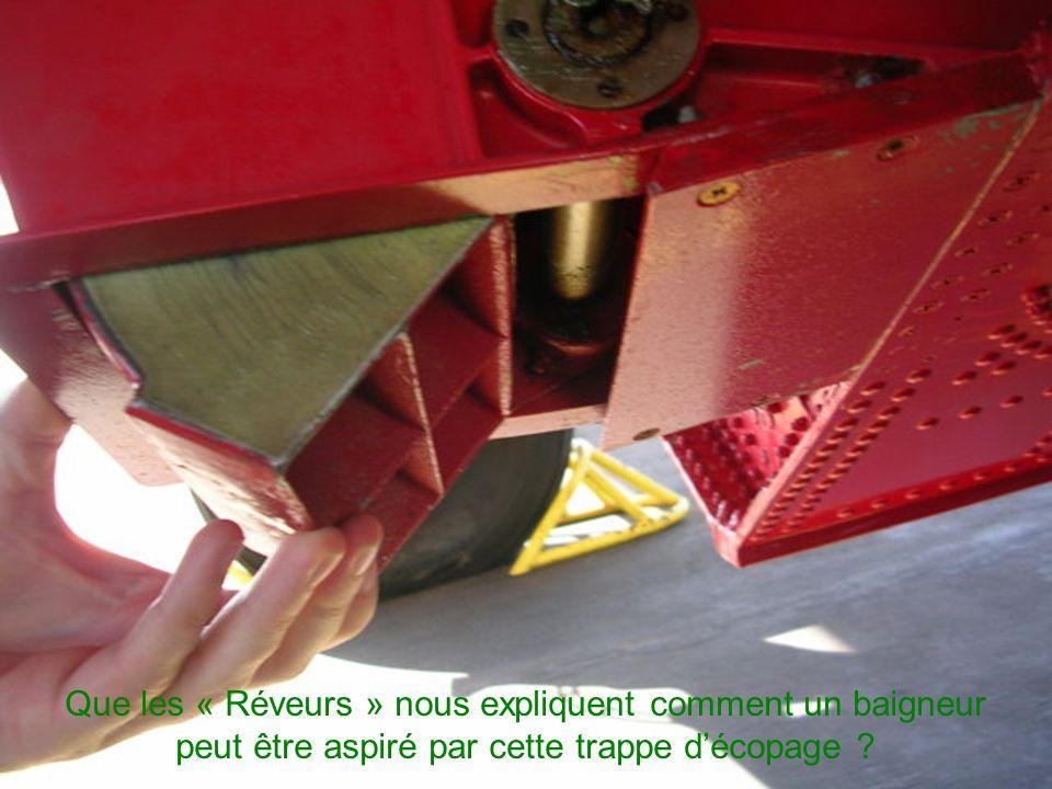 L ECOPAGE L ECOPAGE Voilà qui justifie la judicieuse conception des CL-215 et 415. Celui-ci prend contact avec l'eau et ingère en une dizaine de secon