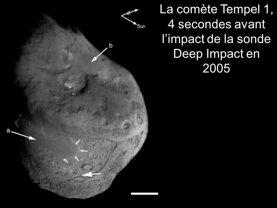 La comète Tempel 1, 4 secondes avant limpact de la sonde Deep Impact en 2005