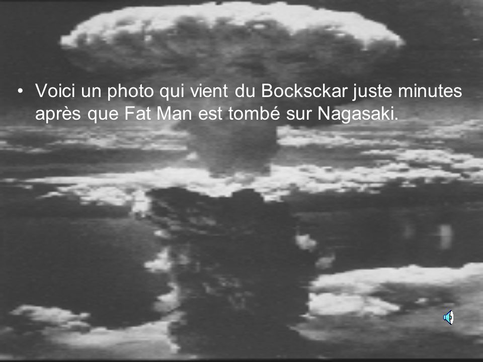 Voici Hiroshima après la première bombe atomique (Little Boy) est tombée.