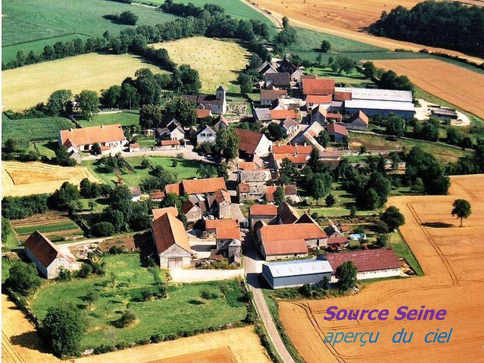 Une maison Flavigny-sur-Ozerain Porte du village