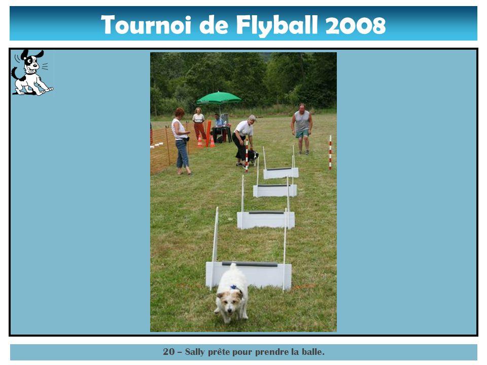 Tournoi de Flyball 2008 19 – Sally devant la 4° haie.