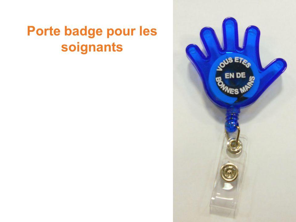 Porte badge pour les soignants