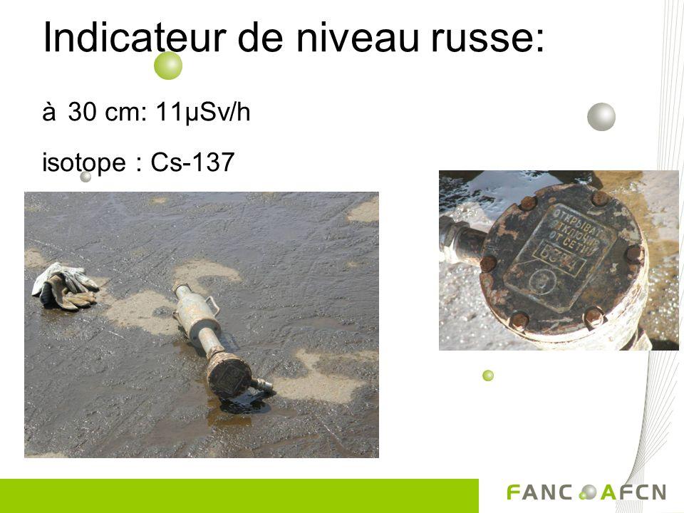 Découvertes agréables... Trouvé en Mer du Nord: amplificateur d'un vieux câble sous-marin, utilisé dans la communication isotope: Ra-226 2,5 µSv/h au