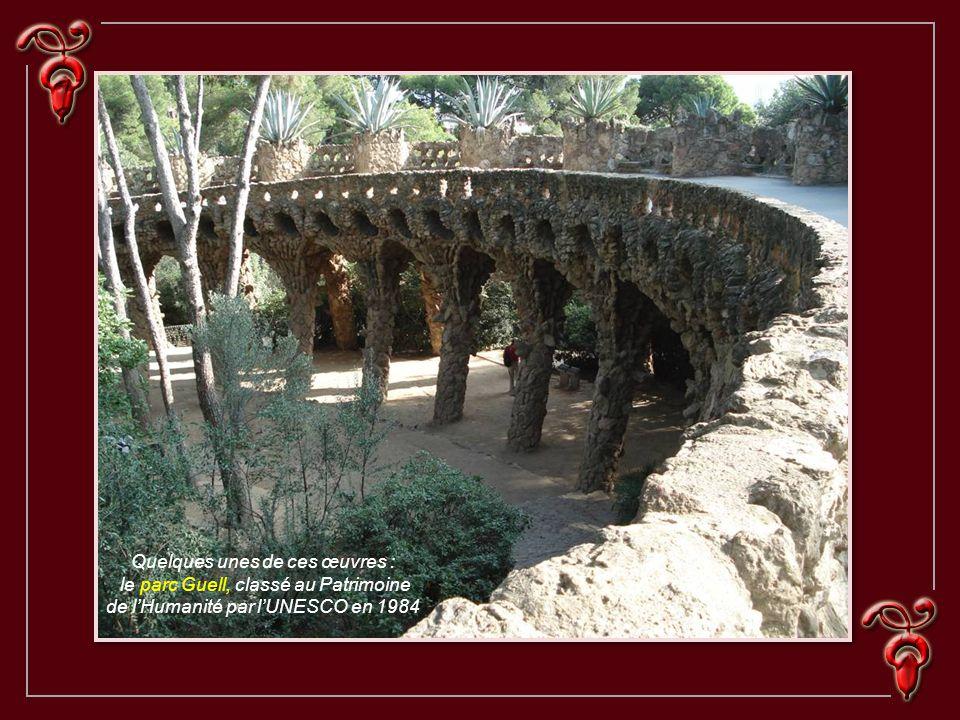 Antoni Gaudi 1852 - 1926 Architecte et designer, Antoni Gaudi est sur le plan international la plus prestigieuse des figures de l'architecture espagno