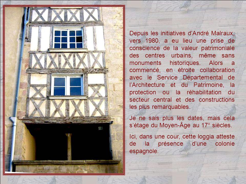 Nous nous sommes promenés pendant trois heures dans le Vieux Limoges.