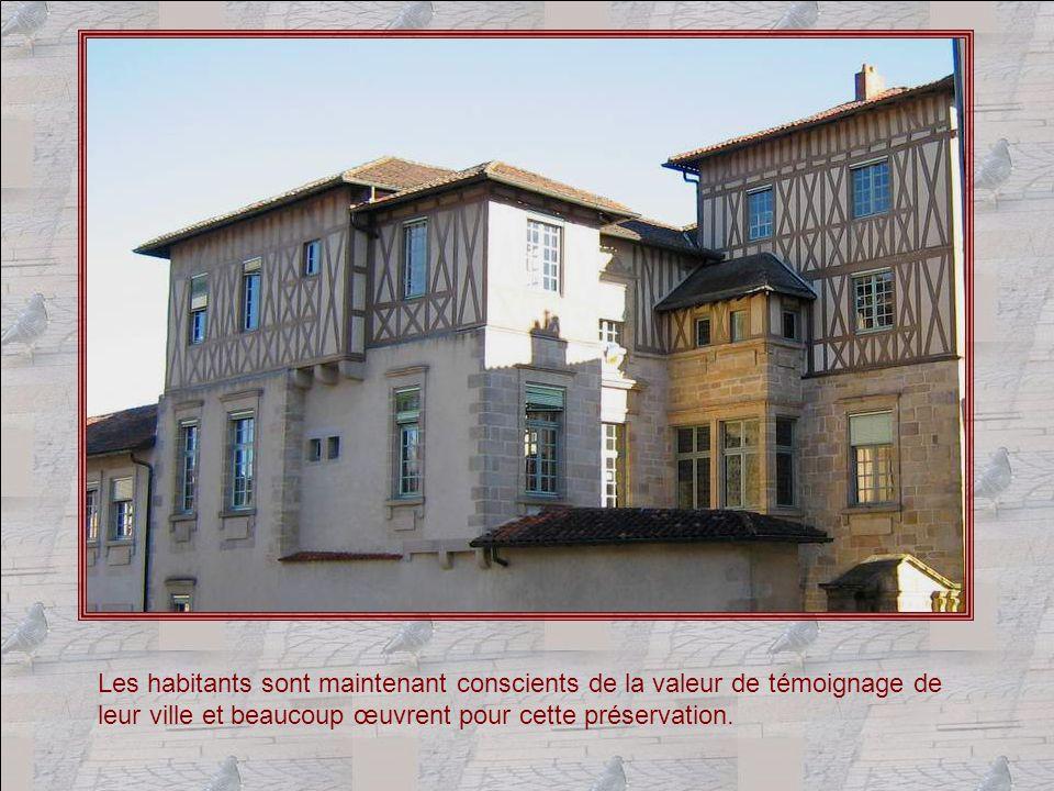 Année après année, Limoges consacre des sommes importantes à la Conservation de ce prestigieux patrimoine.