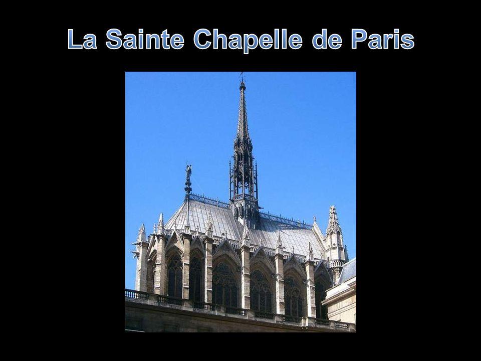 Les vitraux de la Sainte Chapelle couvrent 600m2 de surface vitrée dont une grande partie a été rénovée, Quelques détails de ces merveilles
