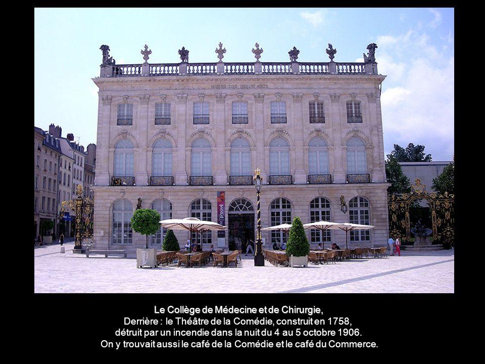 A l'ouest le pavillon Jacquet, propriété privée une méridienne, œuvre de l'horloger de Stanislas