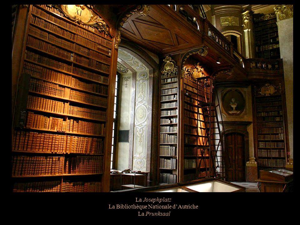 La Josephplatz La Bibliothèque Nationale dAutriche Le globe terrestre de Vincenzo Coronelli Fin du 17 ème siècle