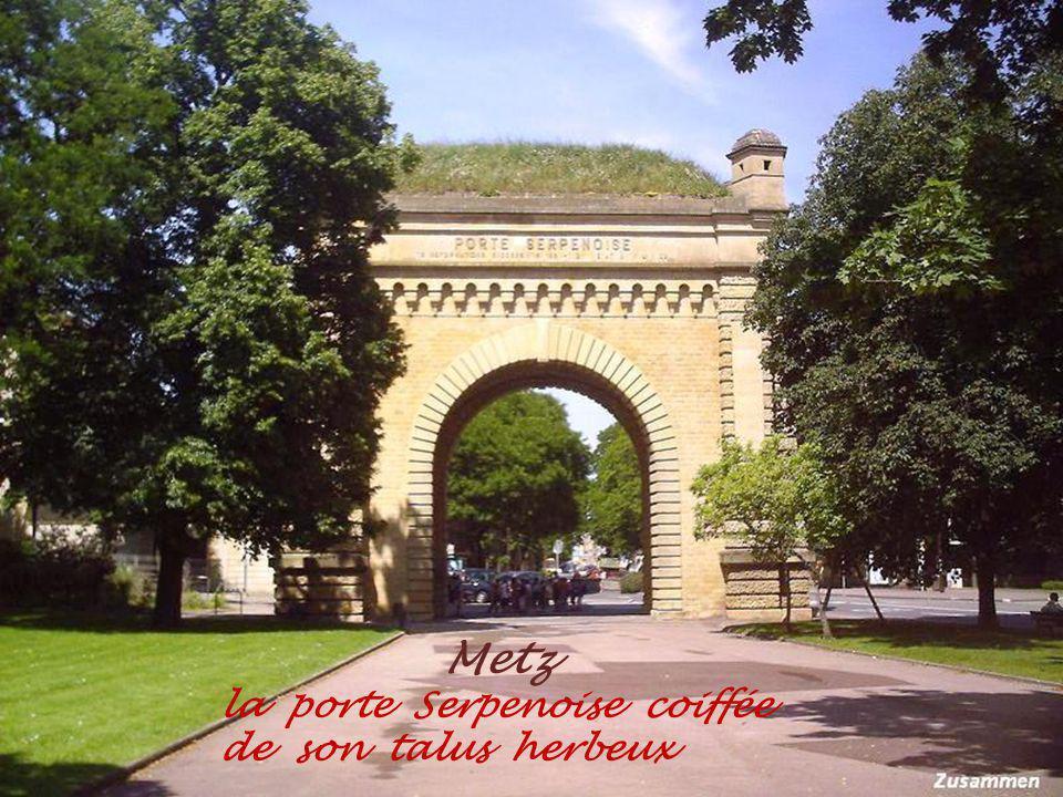 Metz place des Charrons. du XVe siècle
