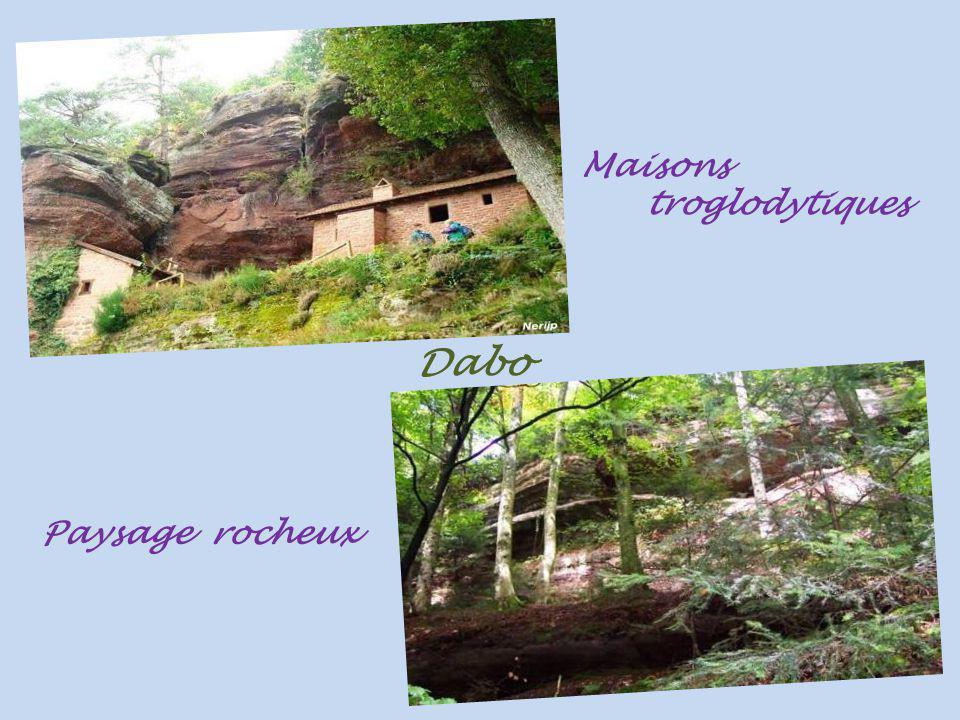 Dabo le rocher culminant. à 647 mètres et son église