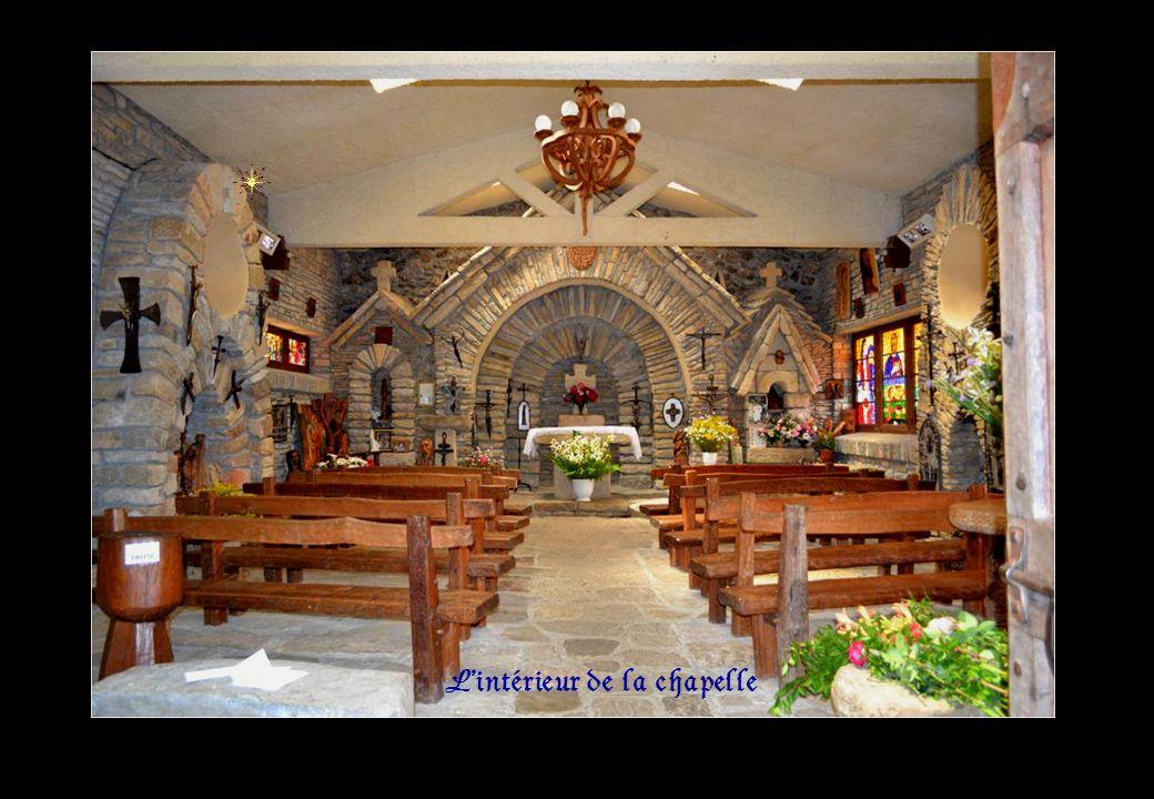 Lintérieur de la chapelle