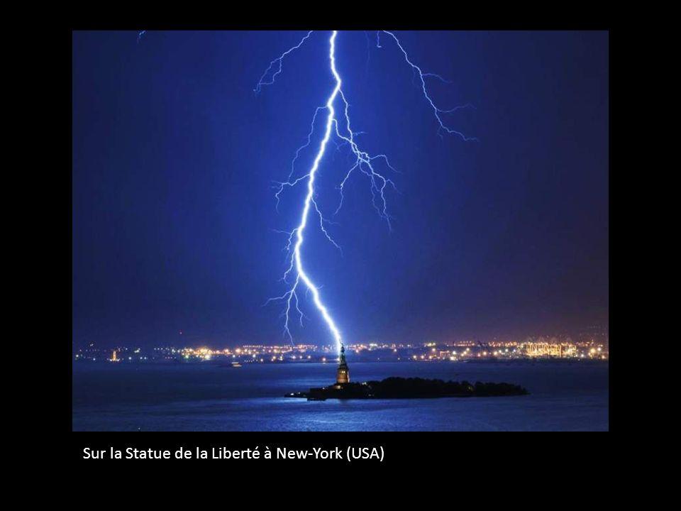 Des séquences électriques à Athènes (Grèce)