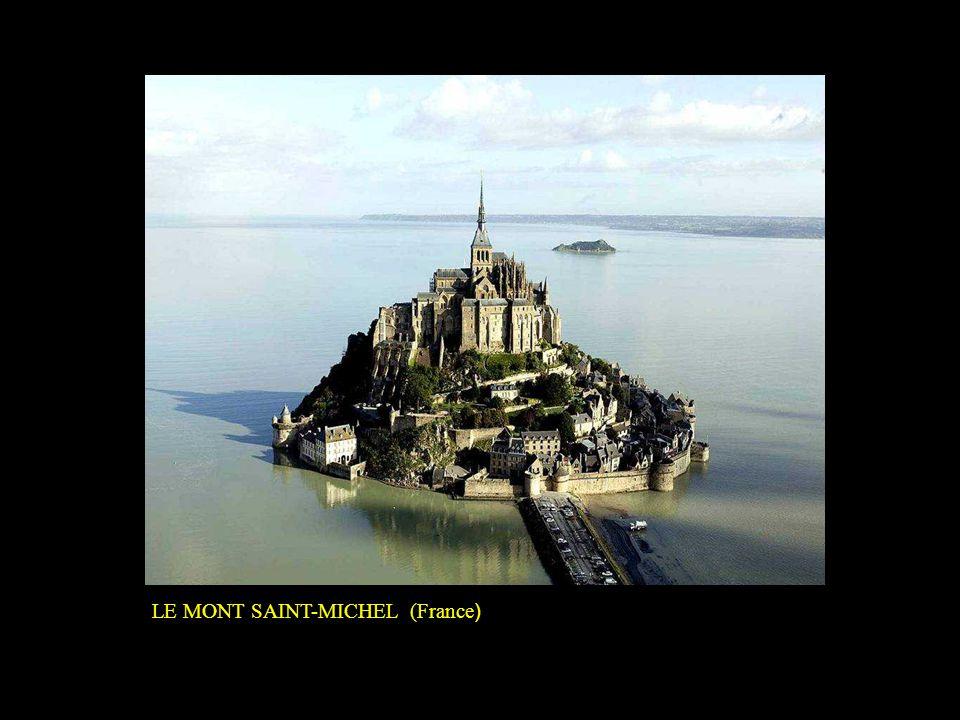 LE MONT SAINT-MICHEL (France)