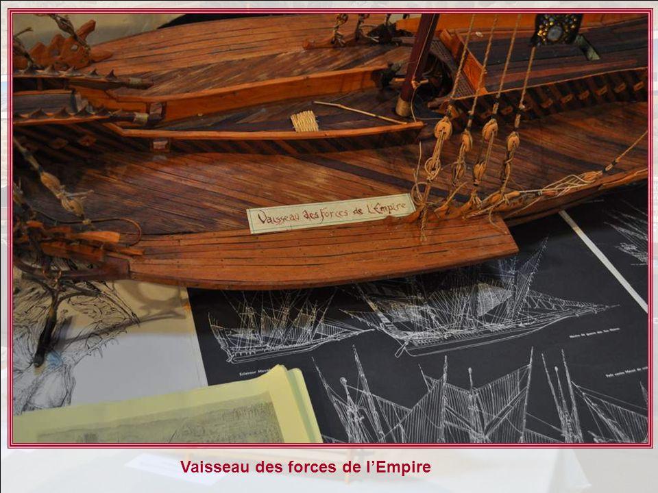 La Couronne, vaisseau de guerre français du 17° siècle, armé de 72 canons. Cétait lun des plus beaux fleurons de la marine de guerre Française. Maquet
