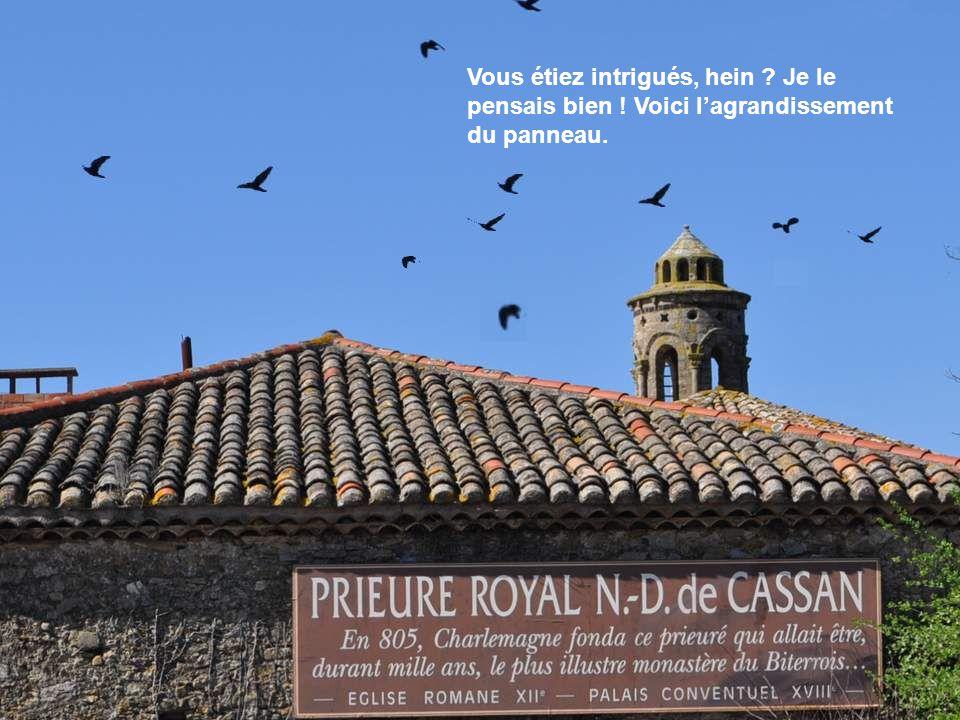 Au 18ème siècle, les bâtiments médiévaux sont entièrement rasés et reconstruits dans le style de l'époque. Les chanoines sont chassés à la révolution.
