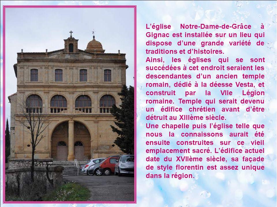 Lézardant sur les coteaux du Languedoc, près de Pézenas, voici un petit village occitan partagé entre la Méditerranée et les Cévennes : Gabian, que ses 5000 ans dhistoire rendent ouvert à toute la quiétude du Midi.