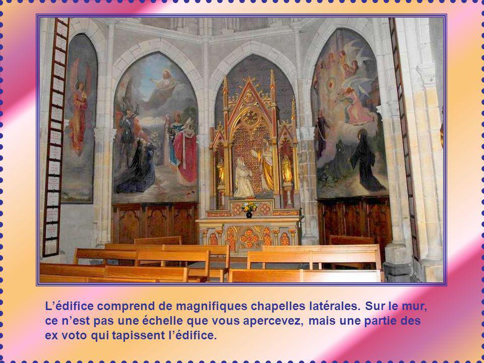En 1860, une dizaine de prêtres diocésains se mettent au service du pèlerinage, ainsi que des religieuses ; une grande maison est construite, qui sert