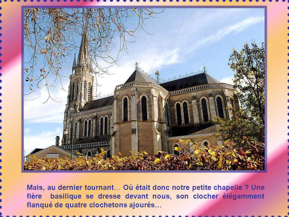 En 1860, une dizaine de prêtres diocésains se mettent au service du pèlerinage, ainsi que des religieuses ; une grande maison est construite, qui sert actuellement de Centre Spirituel.