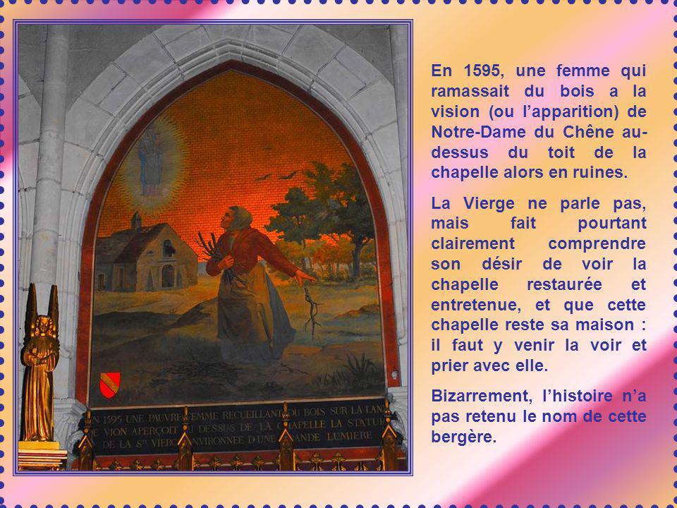 En 1617, Elisabeth de Qua- trebarbes vient dans la chapelle chercher la lumière sur sa vie. Elle perçoit clairement quelle doit entrer au Carmel. Cest