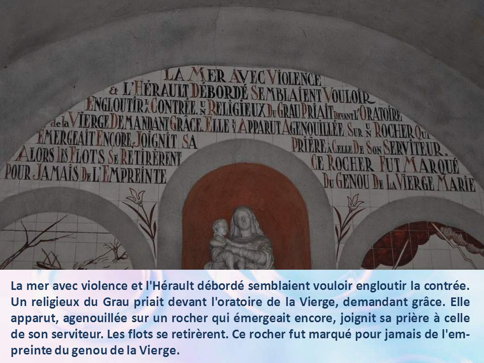 Au-dessus de l'autel central, le récit du miracle, et un autre évènement sans aucun doute miraculeux !