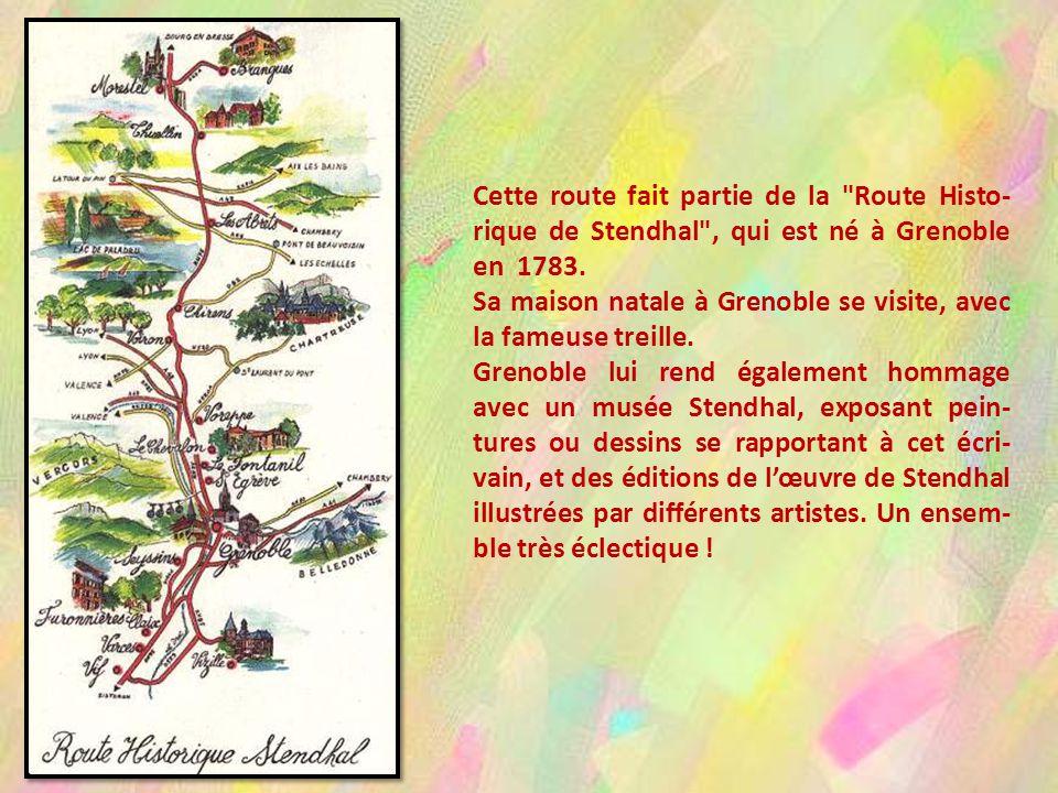Nous traversons la Plaine de la Buisse, avec à gauche les premiers contreforts du massif de La Chartreuse, et à droite dans la brume, le Vercors.