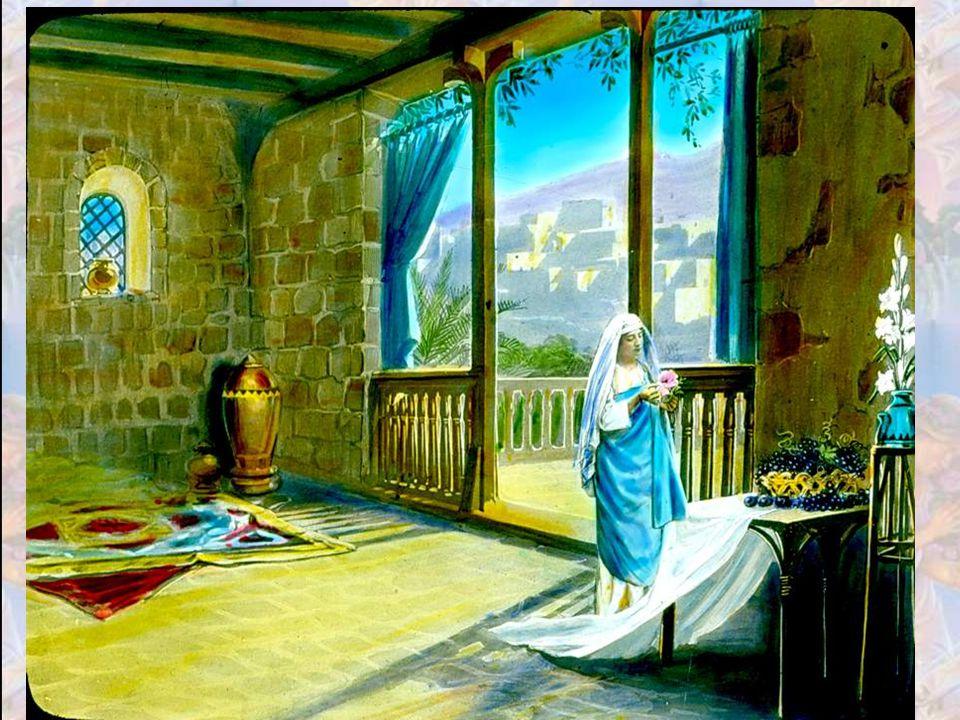 Il l'a découverte là-bas, au milieu des gens ordinaires et Il l'a fait sienne. Avant de devenir mère, Marie était donc la fille du peuple. Elle appart