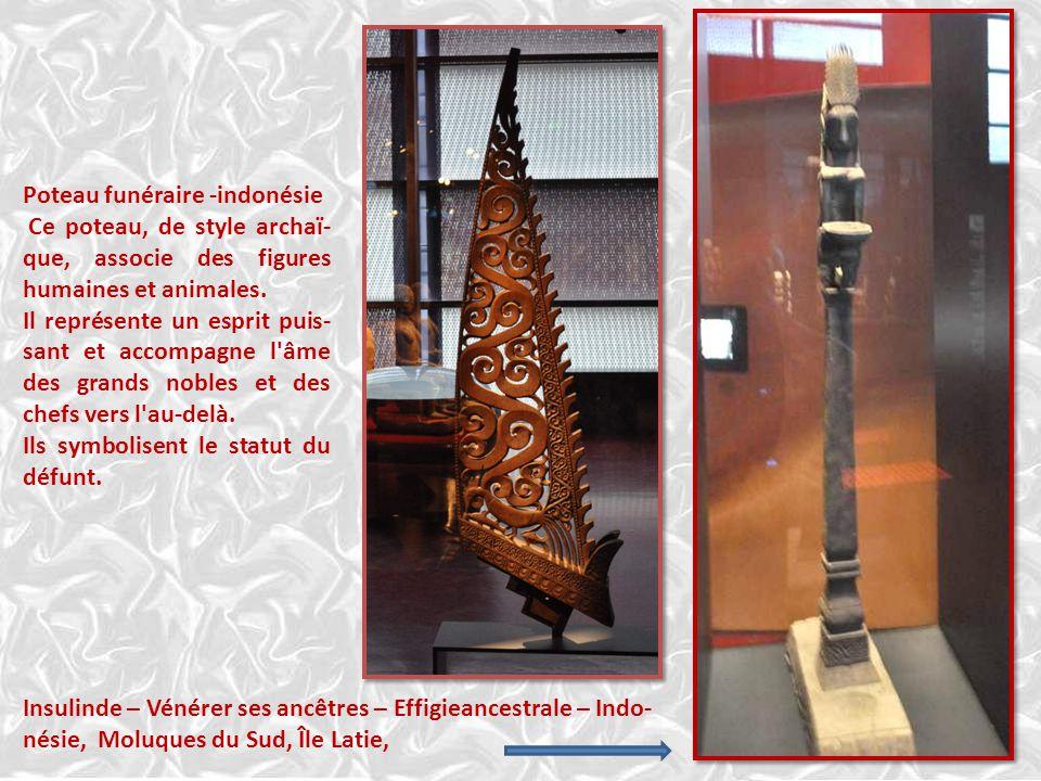 Mélanésie : effigie funéraire assise. Pour les Sa'dan Toraja, signifie