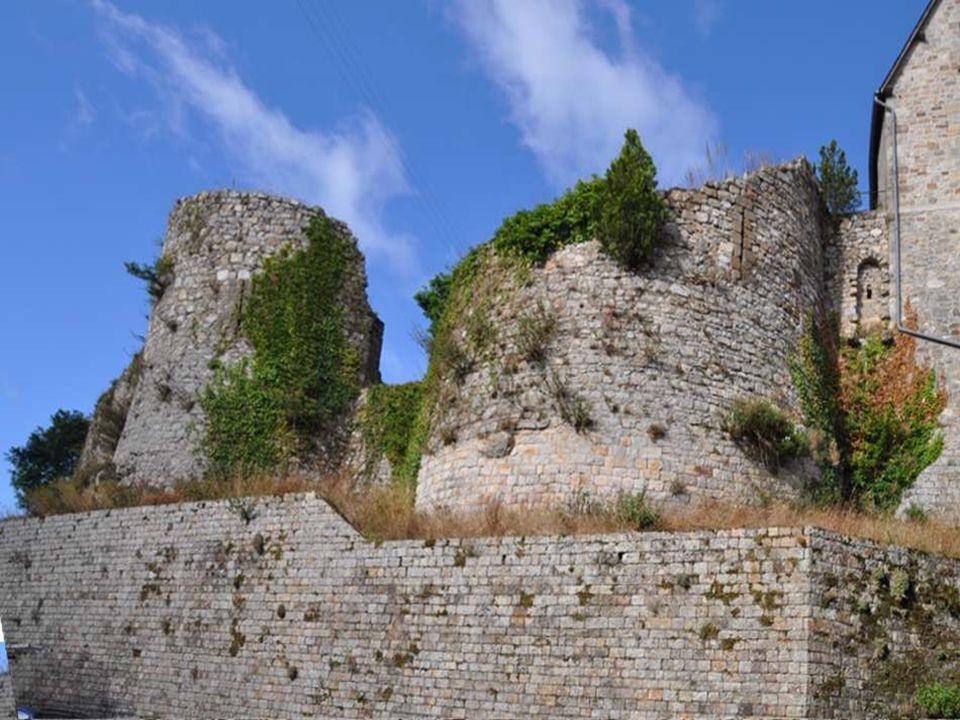 L enceinte de la ville fait lobjet dun classement au titre des monuments historiques depuis le 9 avril 1929